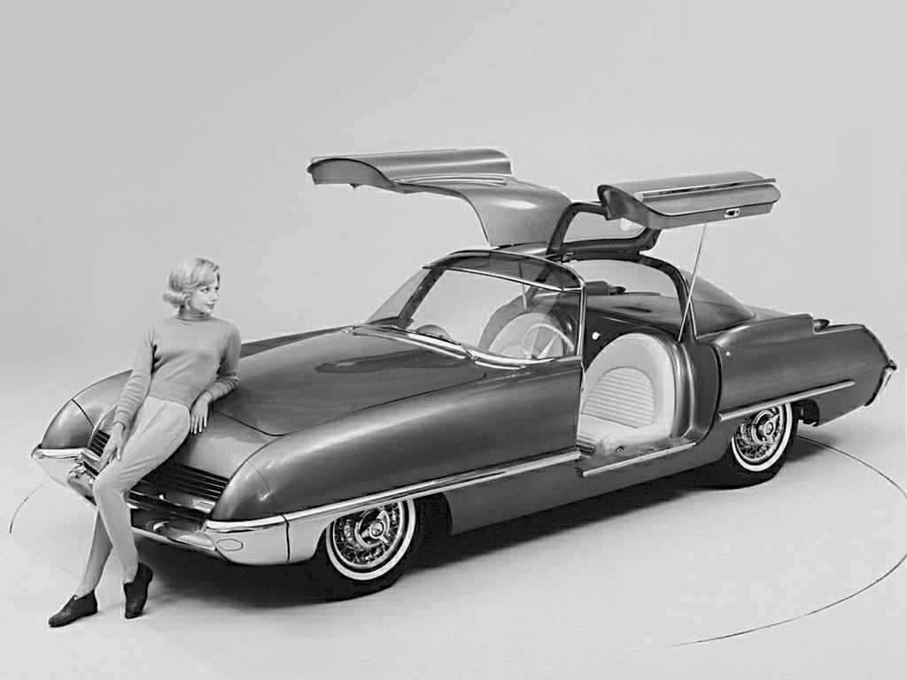 1962 Ford Cougar Concept Car.jpg